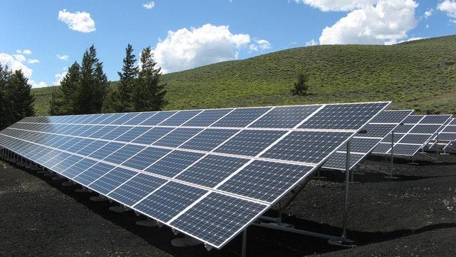 solar-powered pavement